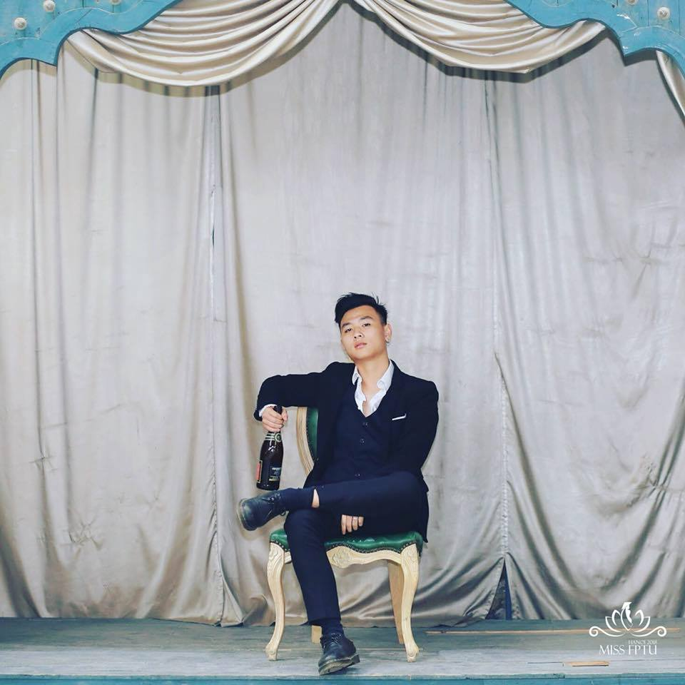 """Nguyễn Thế Bảo Long (1999); Chiều cao: 1m70 Sở trường: Ca hát """"Mình muốn được giao lưu, học hỏi và giúp đỡ các bạn Miss năm nay""""."""