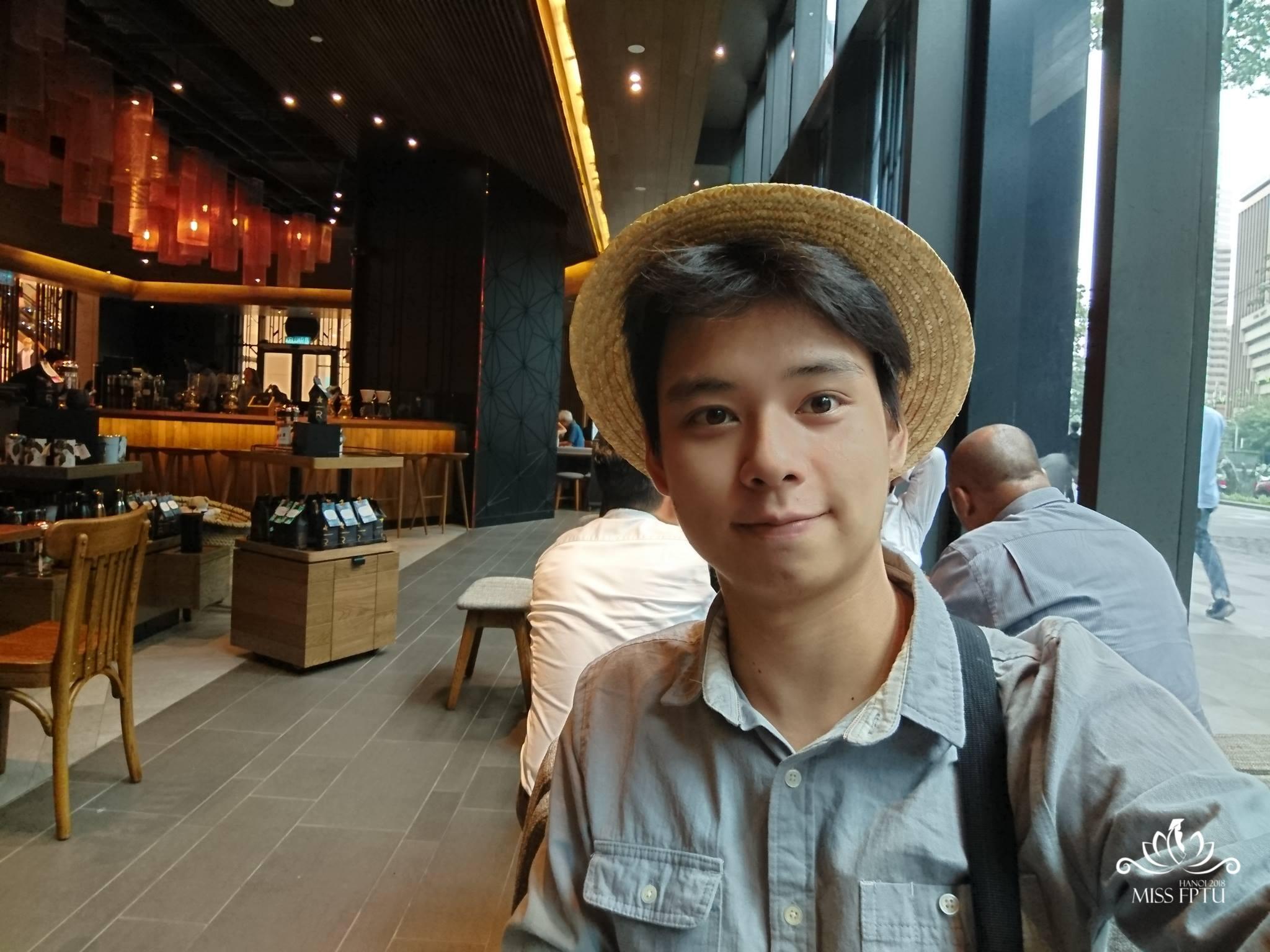 """Nguyễn Lâm (1998); Chiều cao: 1m83 Sở trường: Chơi nhạc cụ (đàn, sáo) và chụp ảnh """"Mình đến với cuộc thi đơn giản chỉ để tham gia nhiều hơn các hoạt động của trường và được gặp gỡ các bạn Miss""""."""