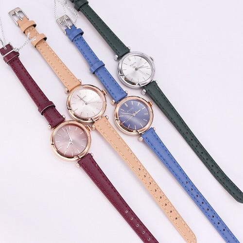 Những cô nàng thích thay đổi phong cách có thể mua trọn bộ đồng hồnữ JA-1018 Julius Hàn Quốc dây da 5 màu cá tính với giá ưu đãi 499.000 đồng mỗi chiếc.