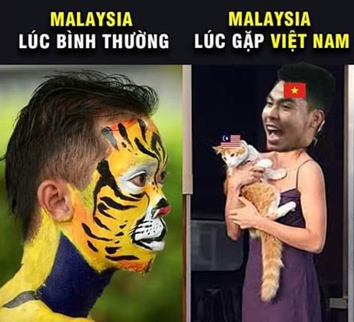 Bộ đôi Huy - Hùng trong lần đầu tiên được đá chính cùng nhau đã thay phiên tỏa sáng giúp Việt Nam dẫn trước chủ nhà 2-0. Với phần lớn cổ động viên, Malaysia giống như chú mèo ngoan.