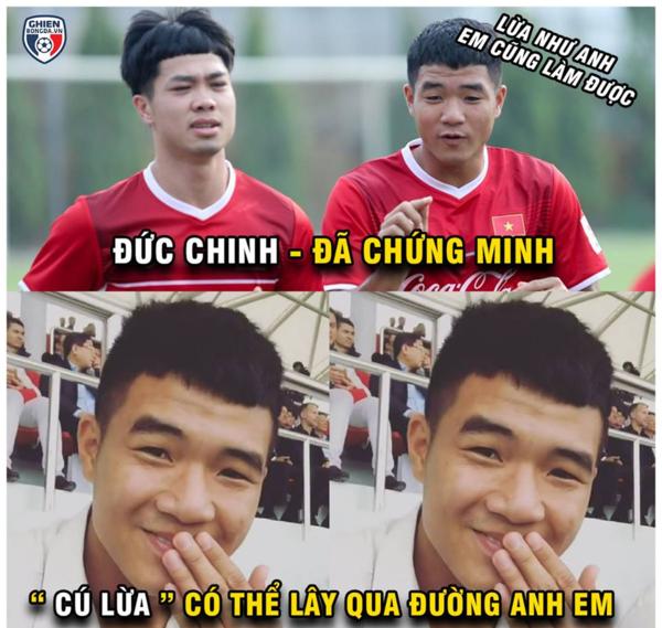 """Đức Chinh là cái tên được nhắc nhiều nhất. Cầu thủ họ Hà có quá nhiều cơ hội để ghi bàn nhưng khi đối đầu với thủ môn, cậu thường đánh rơi những cơ hội quý báu. Cư dân mạng cho rằng """"cú lừa"""" của Đức Chinh có thể lây qua đường... người anh em Công Phượng."""