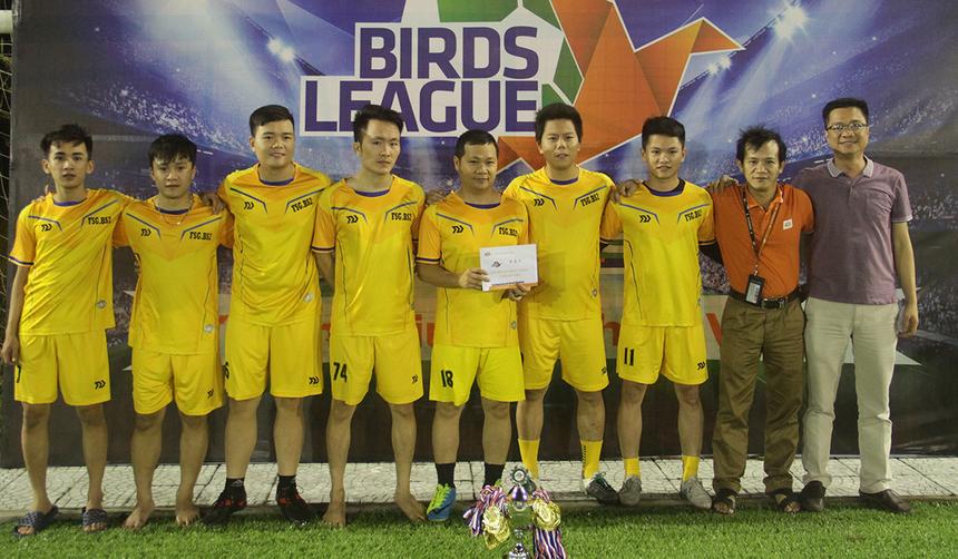 Hạng Chickens League, BS2 đã không thể hiện được nhiều trong trận chung kết khi để thua với tỷ số 0-2. Đội bóng áo vàng chấp nhận về Nhì.