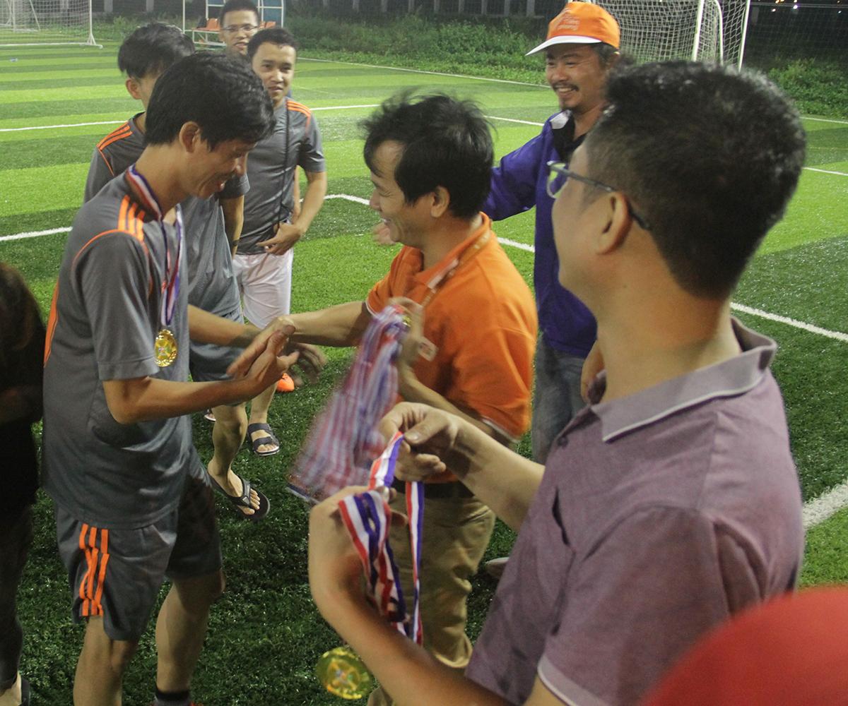 Nhà vô địch Birds League 2018 - FPT Software Đà Nẵng thuộc về đội bóng R72. Sở hữu những nhân tố xuất sắc và giàu kinh nghiệm, R72 không quá khó khăn để đi đến trận đấu cuối cùng. Với bàn thắng duy nhất của Văn Út, R72 đã hạ R71.
