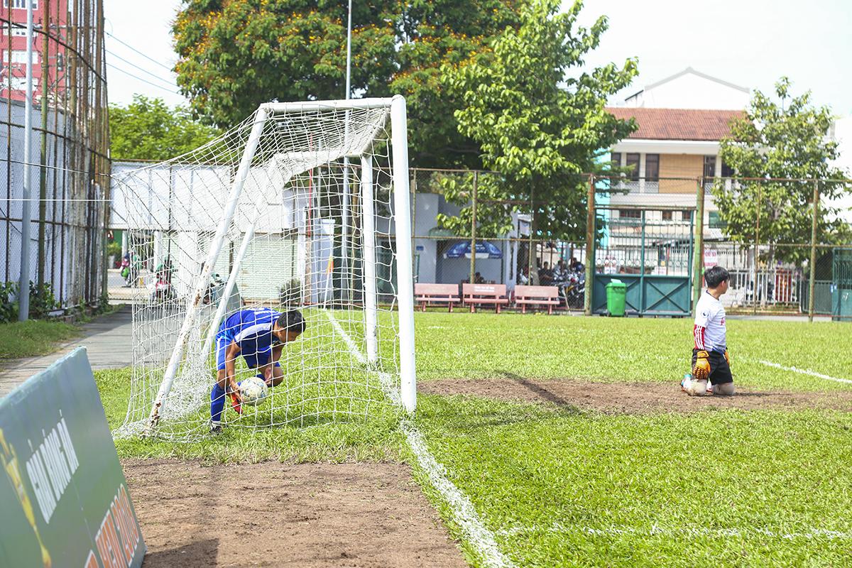 Ngược lại với hiệp 1, hiệp 2 trận đấu hấp dẫn với thế trận đôi công và thế bế tắc đã được phá vỡ ngay ở những phút thi đấu đầu tiên. Phút 46, FPT Telecom đã kết thúc hoàn hảo pha tấn công bằng bàn thắng mở tỷ số của Trần Thế Vinh.