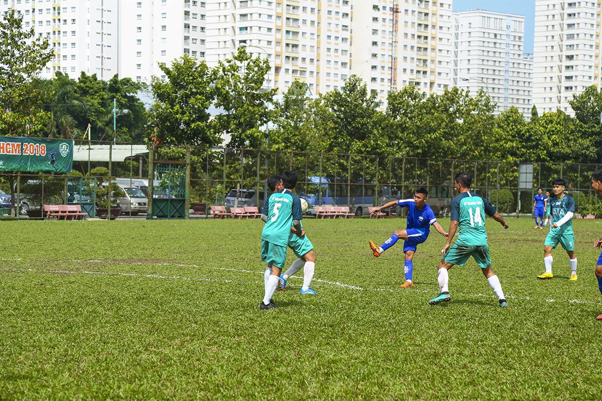 Sau tình huống này, dù đang trong thế tấn công nhưng FPT Telecom lại bất ngờ bị gỡ hòa từ tình huống phản công của FPT IS. Cả hai đội đều không chấp nhận tỷ số hòa nên những phút sau đó trận đấu diễn ra rất hấp dẫn.