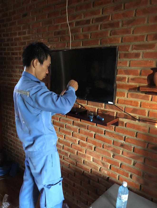 """Với những hoạt động mạnh mẽ, chi nhánh không ngừng """"kích số"""" trên toàn địa bàn Quảng Nam. Đội ngũ kỹ thuật cũng được tăng cường để đảm bảo triển khai đúng tiến độ cho khách hàng."""