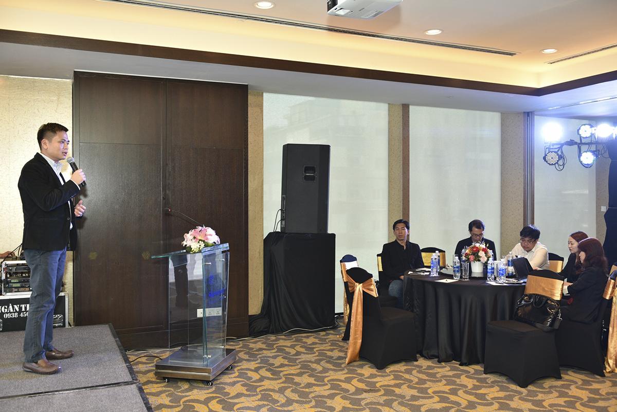 Đại diện nhà phân phối Synnex FPT, anh Bùi Ngọc Khánh – Tổng giám đốc, cho biết: Việc Synnex FPT hợp tác với hãng Western Digital sẽ tạo nên sự phát triển bền vững và lâu dài từ 2 phía. Theo đó, Synnex FPT có thể đa dạng hóa nguồn sản phẩm phù hợp, đáp ứng đủ sức mua ngày càng tăng trong thời gian tới của thị trường và khẳng định vị thế nhà phân phối công nghệ hàng đầu Việt Nam.