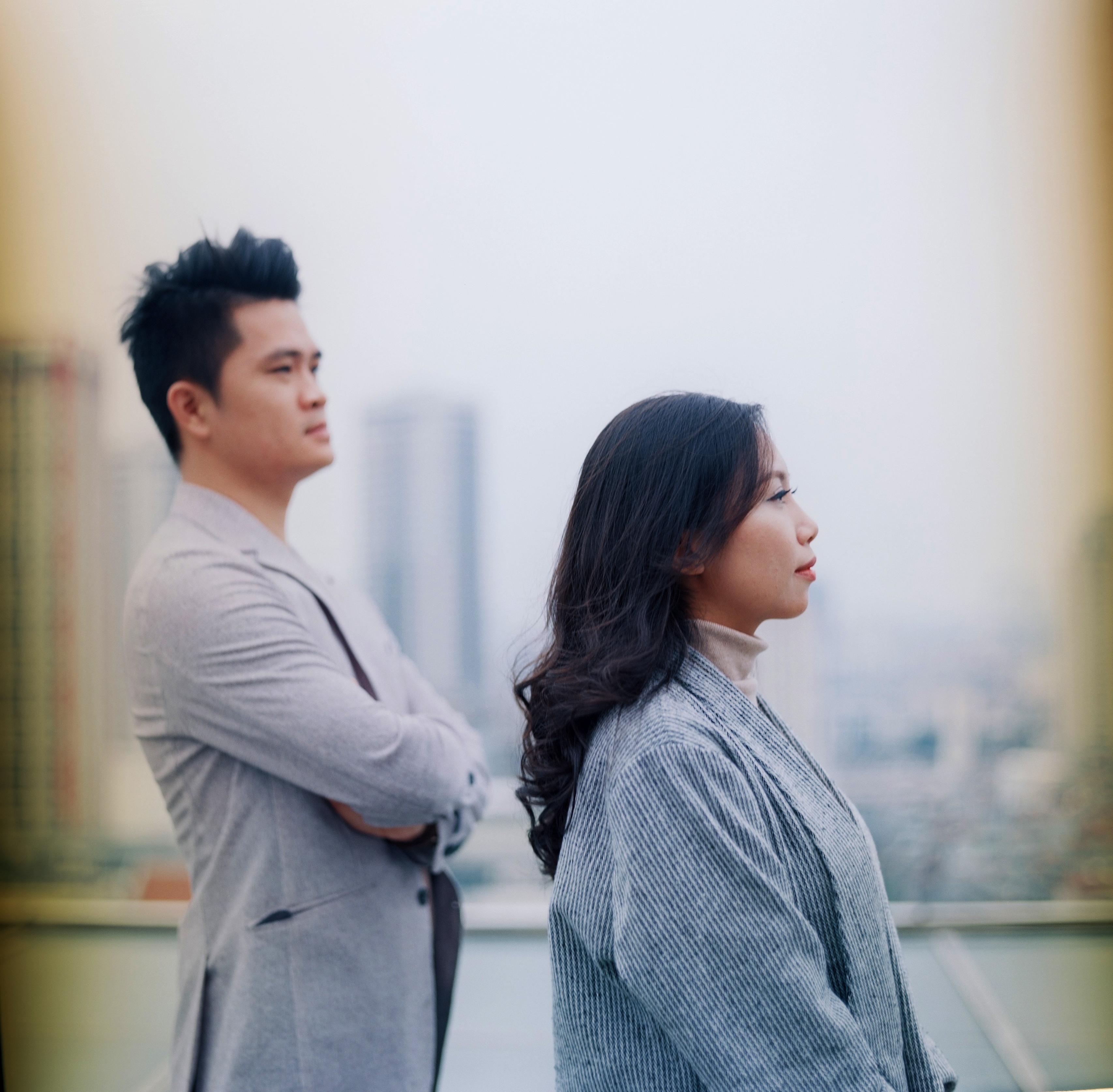 Năm năm trước, Đức Huy và Thùy Linh gặp nhau tại trụ sở FPT Cầu Giấy khi cả hai cùng làm việc tại VnExpress.