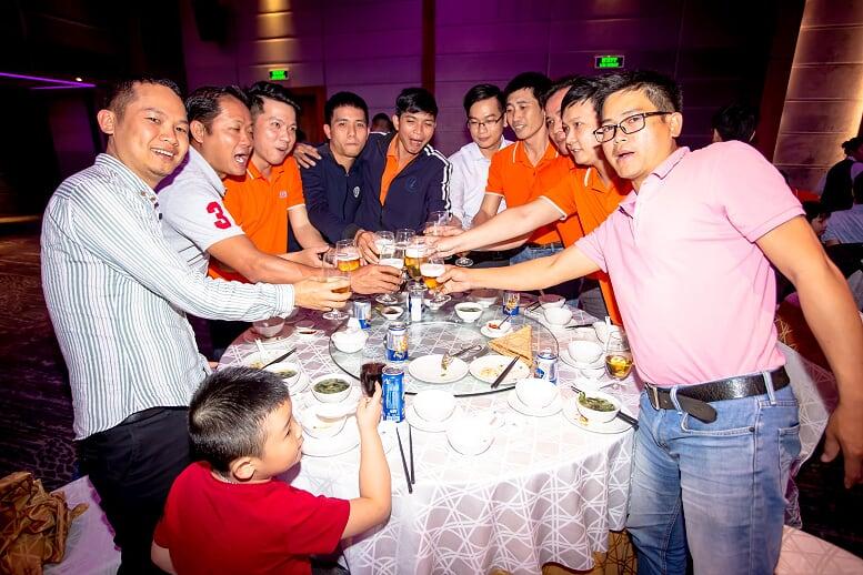 Synnex FPT hiện là nhà phân phối sản phẩm CNTT-Viễn thông lớn nhất tại Việt Nam, với truyền thống phân phối hơn 20 năm và mạng lưới phân phối phủ khắp 63 tỉnh thành trên toàn quốc. Thông qua hệ thống này, sản phẩm công nghệ của các đối tác là những thương hiệu công nghệ nổi tiếng thế giới được đưa đến người tiêu dùng Việt Nam một cách nhanh chóng với giá tốt nhất.