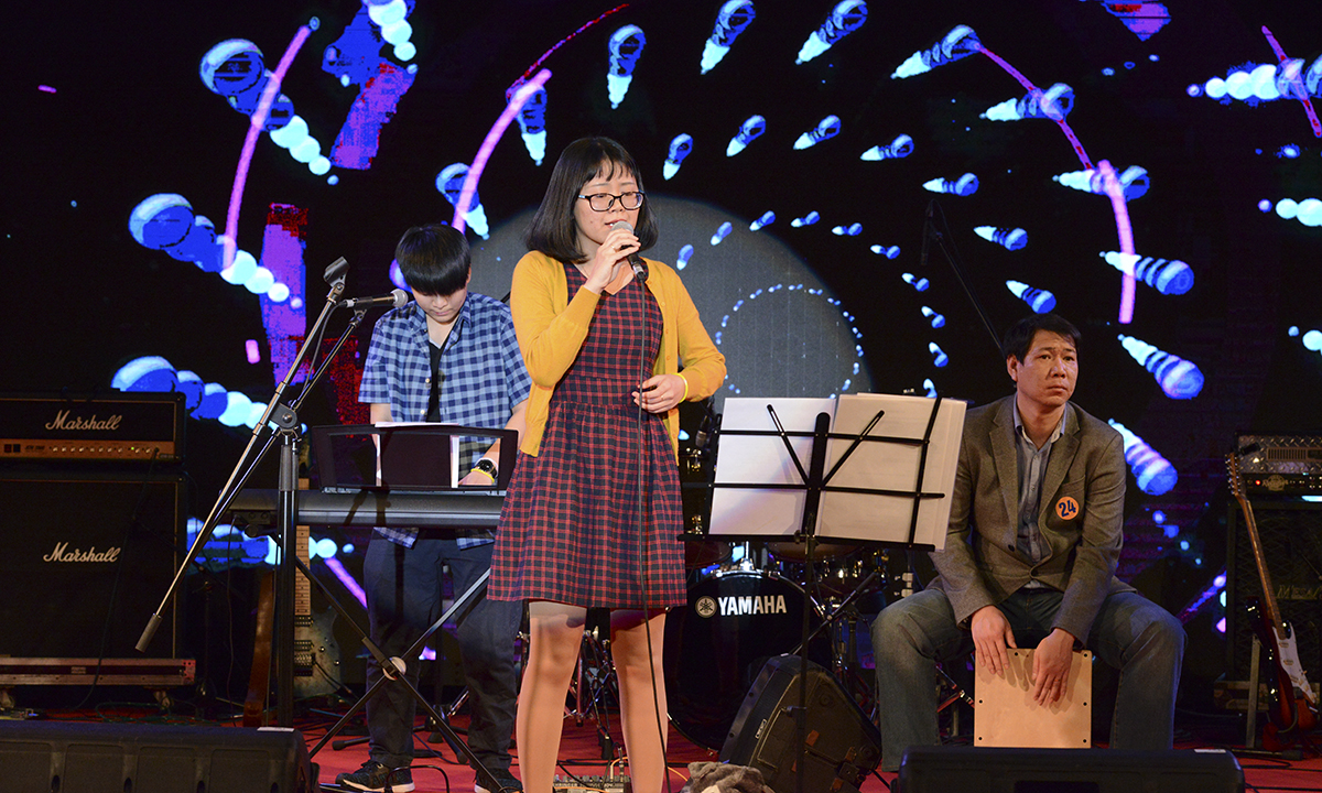 """""""Haruyokoi"""" là ca khúc Nhật đầy tình cảm được thể hiện bằng giọng hát ngọt ngào của nữ ca sĩ LTV Band."""