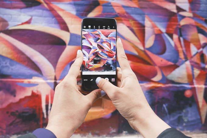Dùng ứng dụng sửa ảnh Nếu cảm thấy phần mềm chụp ảnh mặc định trên máy chưa đủ, bạn có thể cài thêm ứng dụng bên thứ ba, như Camera360, PhotoWonder, Snapseed, PicsArt... Các hiệu ứng, bộ lọc đa dạng có thể làm ảnh đẹp hoặc nghệ thuật hơn tùy vào độ thẩm mỹ của bạn.