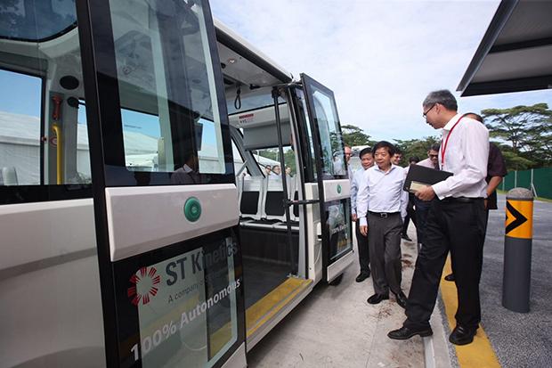 3as-driverlessbus-22-4615-1551511427.jpg