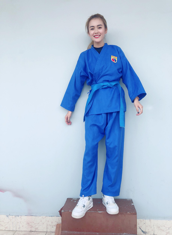 Nữ sinh rất yêu thích môn võ Vovinam tại FPT Polytechnic.