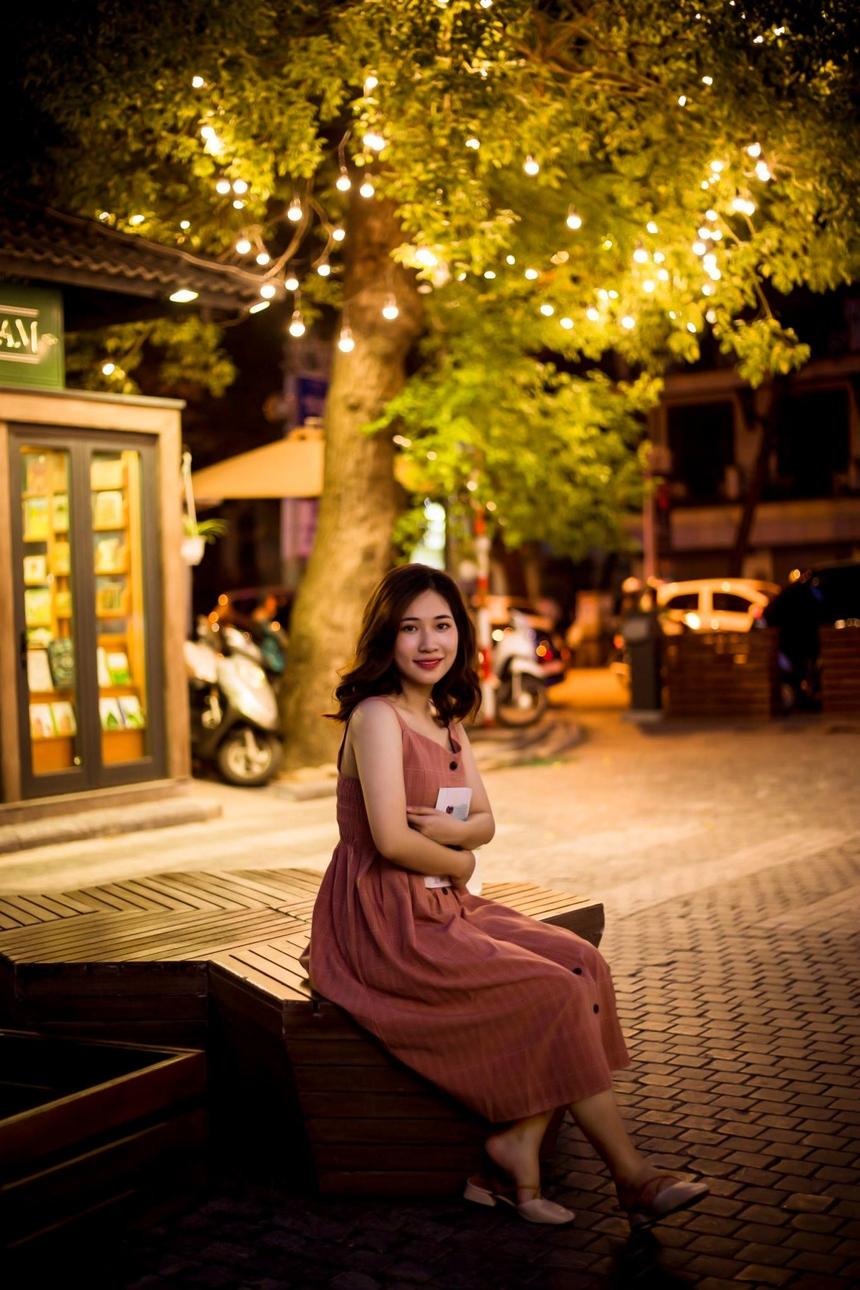 Thí sinh Nguyễn Việt Chinh (FHN.DPS) đứng ở vị trí thứ 2 với 300 lượt like ảnh.