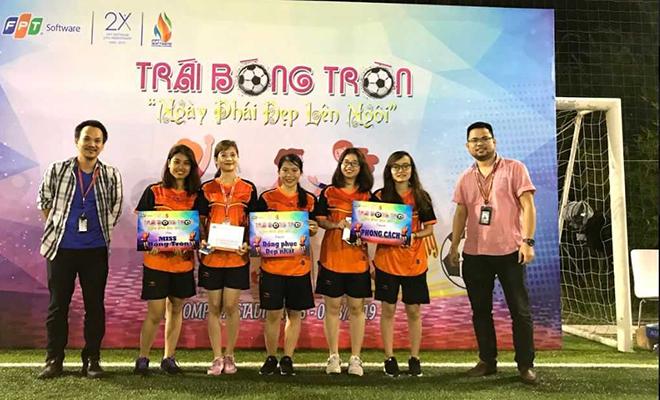 Đội SSG giành giải Phong cách và Trang phục đẹp nhất. Miss bóng tròn cũng thuộc về cá nhân Hồng Ngọc, đội SSG.