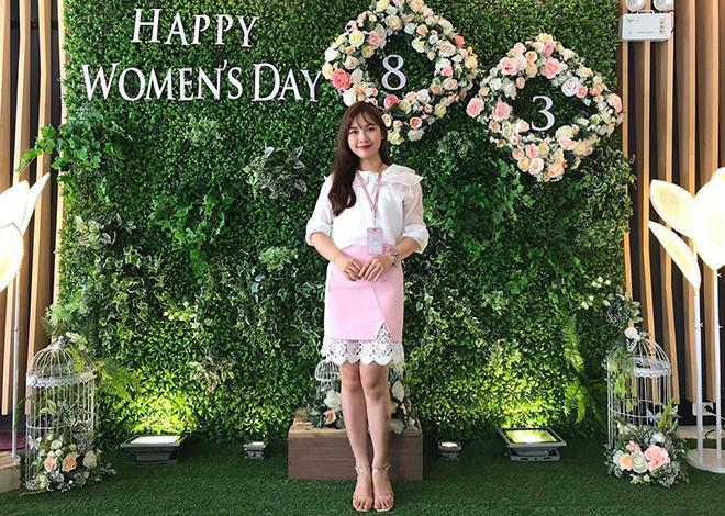 Như thường lệ, chị Huỳnh Cao Lan Anh, cán bộ tuyển dụng, luôn rạng ngời trong các cuộc thi ảnh của FPT Software Đà Nẵng.