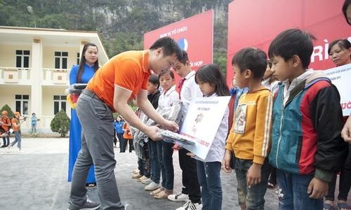 Chị Trương Thanh Thanh: 'Hãy ủng hộ tối thiểu một ngày lương vì cộng đồng'