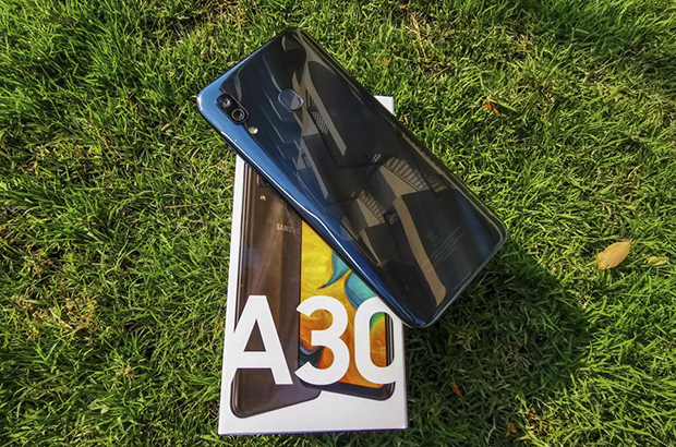 Samsung-Galaxy-A50-review-with-6622-3485