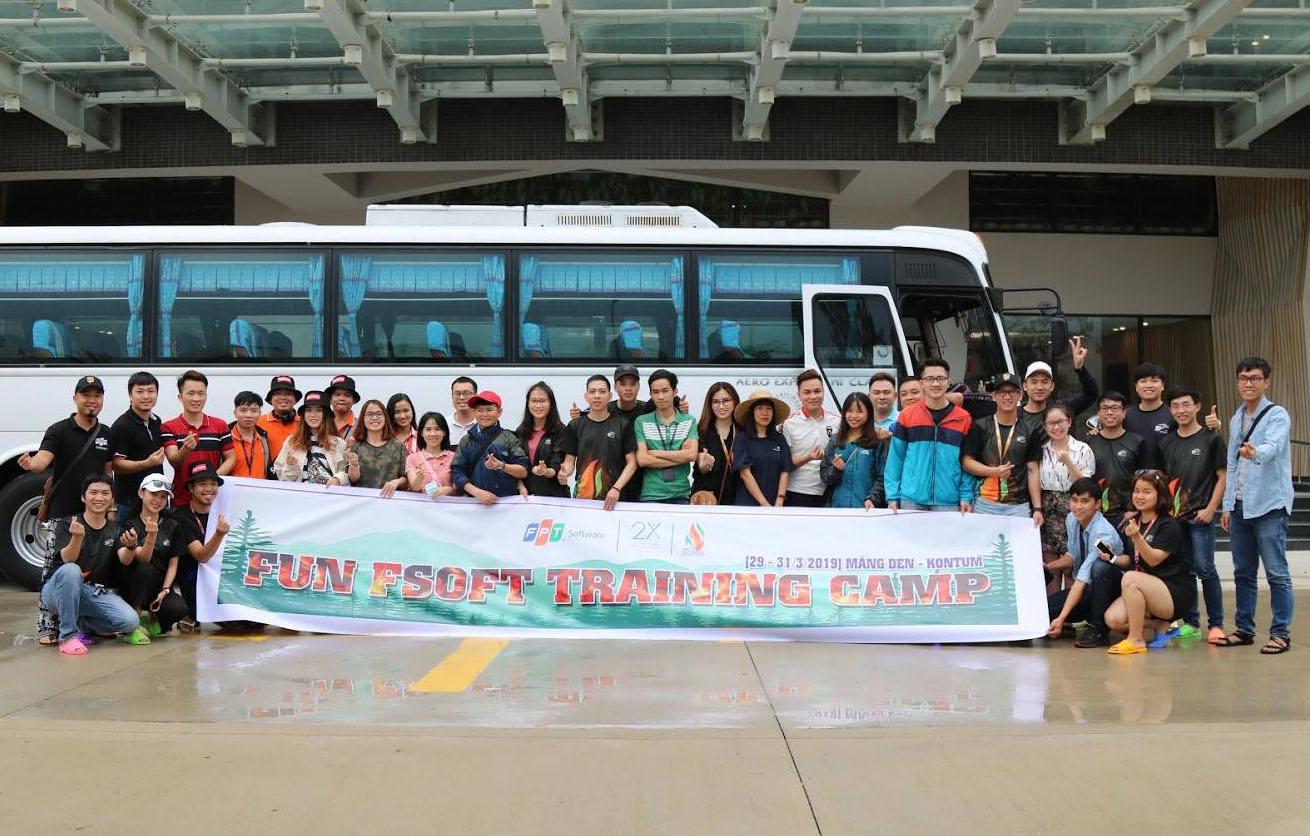 """Khóa """"luyện quân"""" của cán bộ Văn hóa - Đoàn thể FPT Software Đà Nẵng diễn ra từ ngày 29 đến 31/3 tại khu sinh thái Măng Đen, tỉnh Kon Tum. Chương trình mang đến những trải nghiệm thú vị cho khoảng 40 thành viên tham gia."""