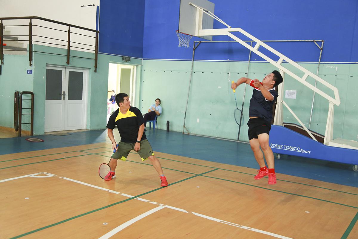 Khán giả được dịp chứng kiến nhiều cú smash (đập) rất mạnh mẽ của các tay vợt không chuyên, dù đây là giải đấu trong khuôn khổ FPT.