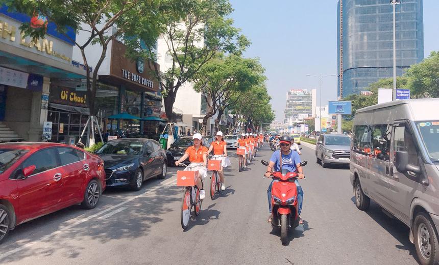 Buổi ra quânnhằm mục đích đưa hình ảnh FPT Telecom đến gần hơn với người dân thành phố cũng như đánh dấu sự lớn mạnh của chi nhánh sau 10 năm hiện diện.