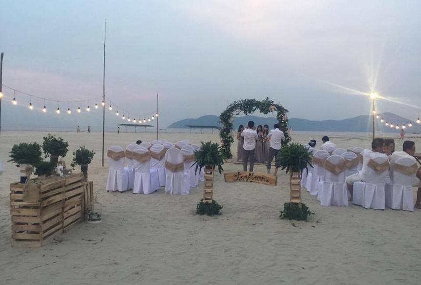 Trước vẻ đẹp hoang sơ, Cảnh Dương được nhiều cặp đôi lựa chọn để tổ chức lễ cưới.