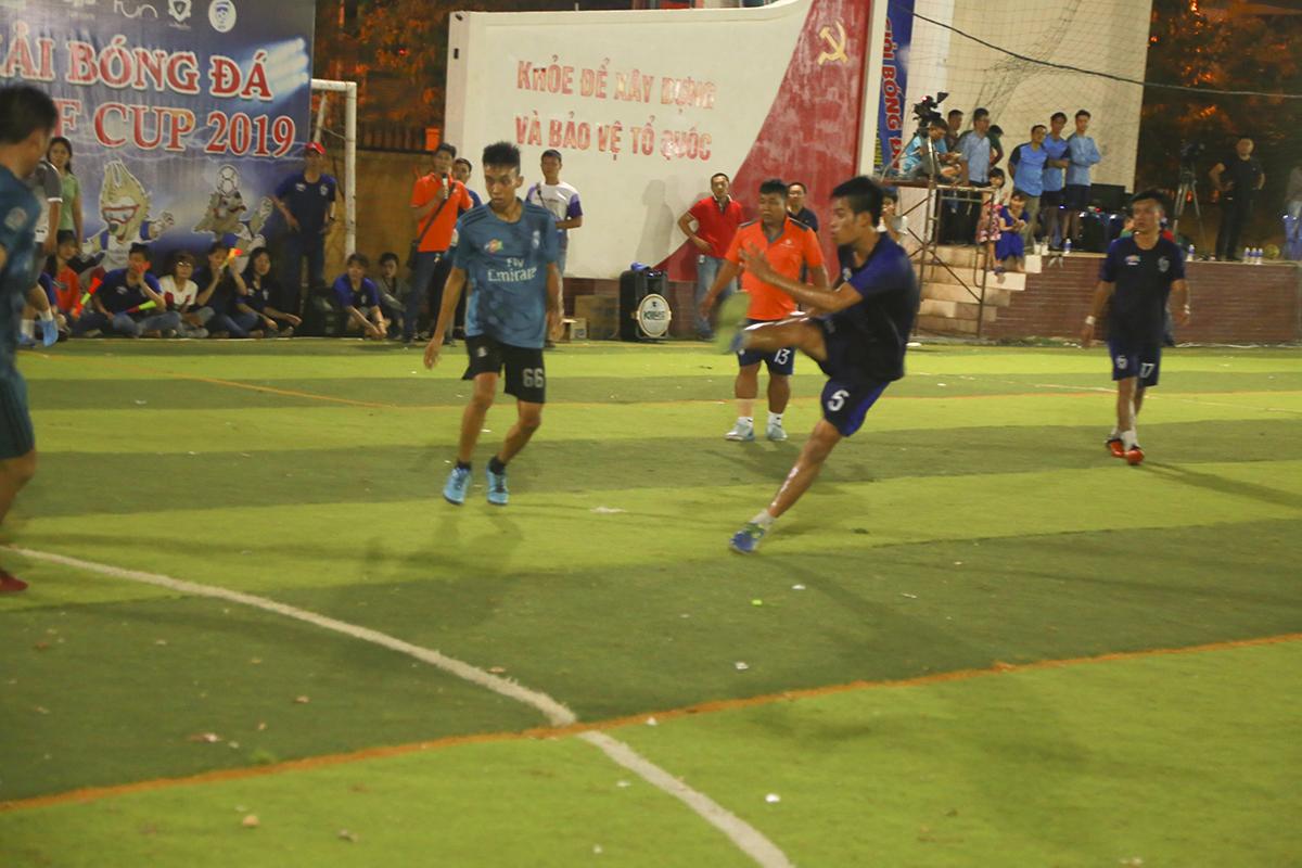 Và rồi thành quả cũng đã đến với các cầu thủ Liên quânSG3-Telesales khi họ có bàn gỡ hòa khi trận đấu chỉ còn 4 phút.