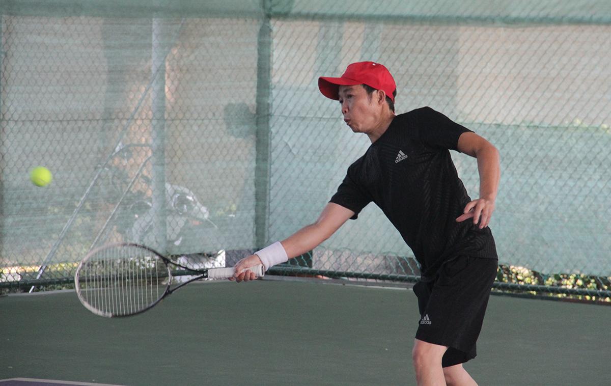 Hữu Lương là tay vợt quen thuộc của làng tennis nhà F. Nam vợt thủ góp mặt hầu hết các sân chơi, đặc biệt những giải đấu với khách hàng Synnex FPT. Năm 2018, Hữu Lương đã cùng đồng đội vô địchFPT Davis Cup lần thứ nhất.