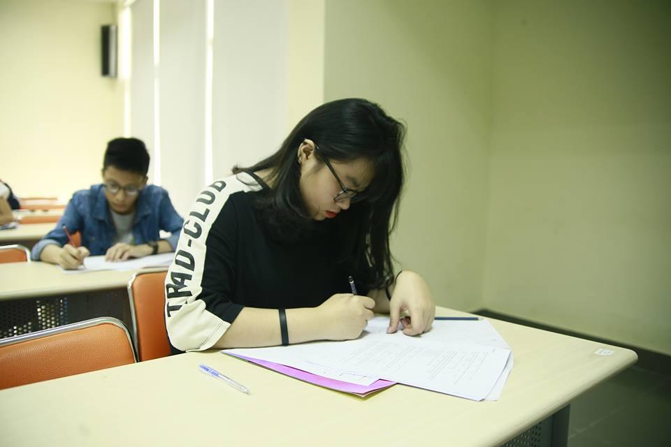 Theo thông báo của Hội đồng tuyển sinh, không có trường hợp vi phạm quy chế hay sự cố nào trong thời gian thi. Ảnh: THPT FPT
