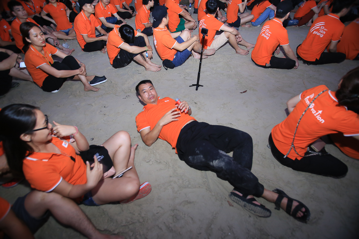 """""""Đang ngủ ngon ai lại bất thình lình chiếu đèn thế kia!', anh Vương Đình Siêu, FPT IS Services, ấm ức."""