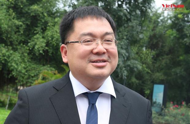HOANG-NAM-TIEN-CHU-TICH-FPT-2932-1556619