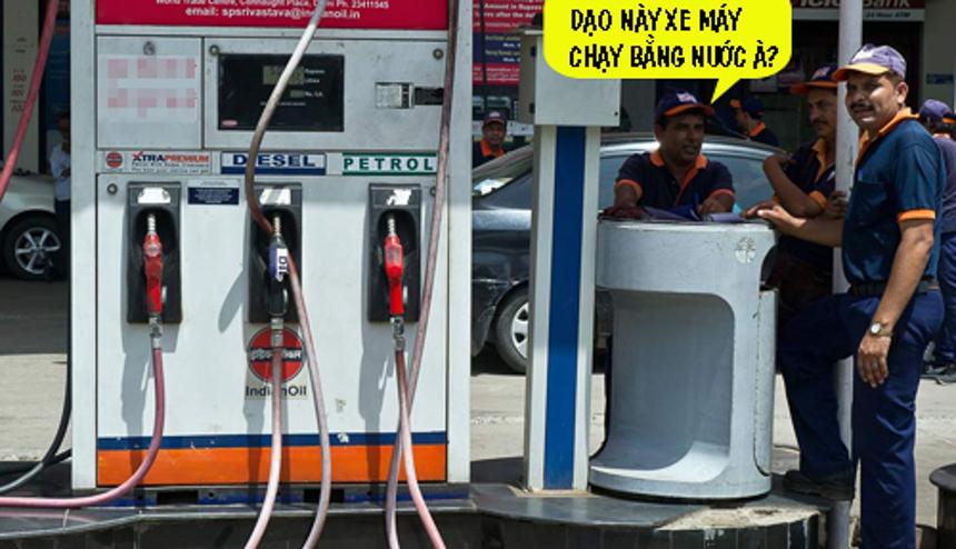Cây xăng sau khi liên tục tăng giá.