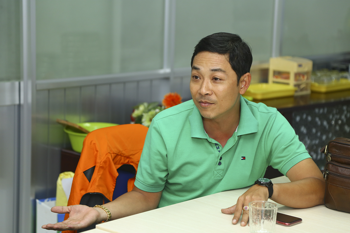 """Anh Nguyễn Hoàng Anh Tuấn - Thư ký Liên đoàn bóng đá FPT Telecom HCM đề xuất các quy định về số lượng và biên chế cầu thủ ở các đội, trong đó có việc mỗi đội bóng được quyền chiêu mộ một """"ngoại binh"""" đến từ nhà 'Cáo' bên ngoài TP HCM."""