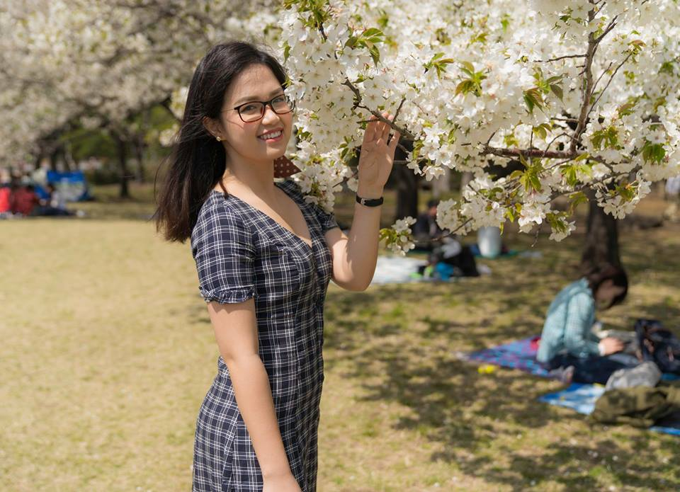 Cô gái sinh năm 1992 Dương Thùy Anh là nhân viên Trung tâm dịch vụ chia sẻ FPT Japan.