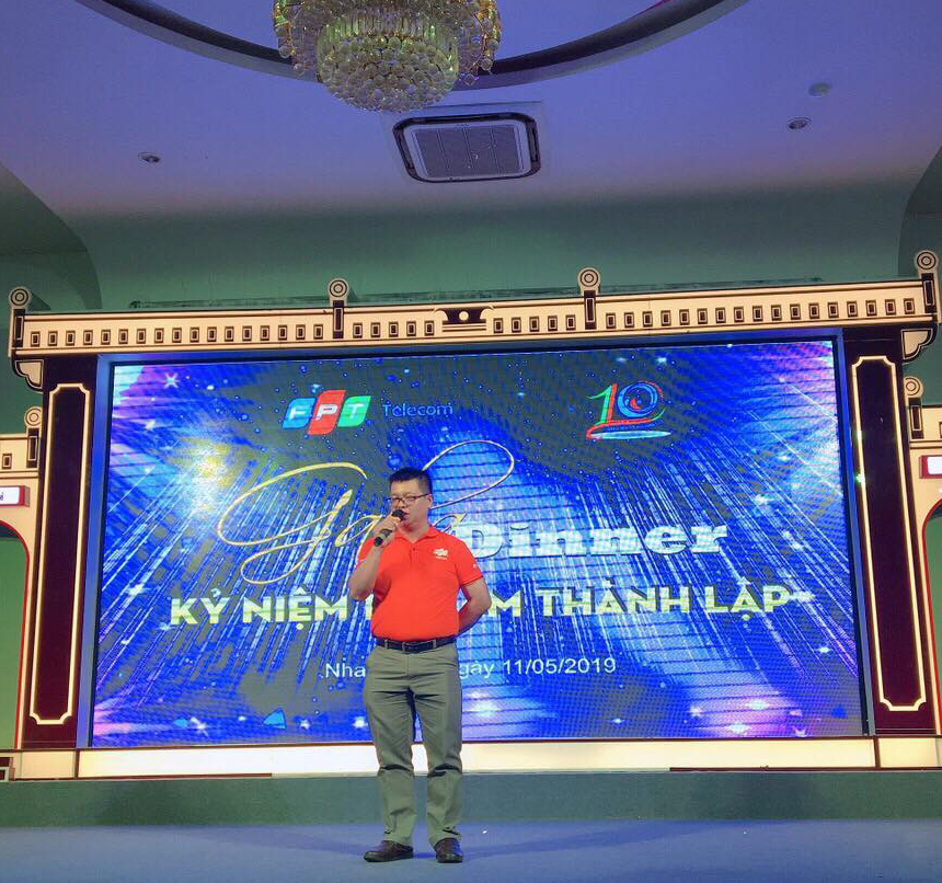 Anh Trần Phan Thanh Tâm, Giám đốc FPT Telecom Khánh Hòa, khẳng định, 10 năm qua chi nhánh đã không ngừng nỗ lực xây dựng đội ngũ nhân sự, mở rộng vùng phủ để hoàn thành những mục tiêu lớn về kinh doanh. Trong thời điểm sinh nhật, Khánh Hòa còn đặt ra những con số 'Leng Keng' để toàn chi nhánh đồng lòng tạo ra giá trị mới.