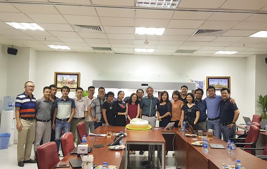 Đánh dấu chặng đường 10 năm đồng hành và tri ân những đóng góp của người Phân phối, Synnex FPT đã có những ngày kỷ niệm tuổi lên 10 của công ty bằng một loạt chương trình hấp dẫn kéo dài trong tuần từ 6/5 đến 13/5.