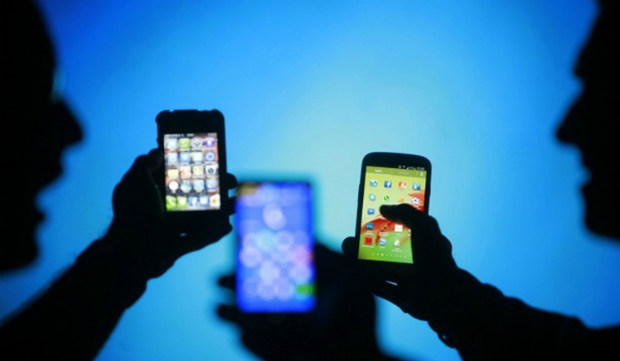mobile-phone-market-india-smar-8585-1523