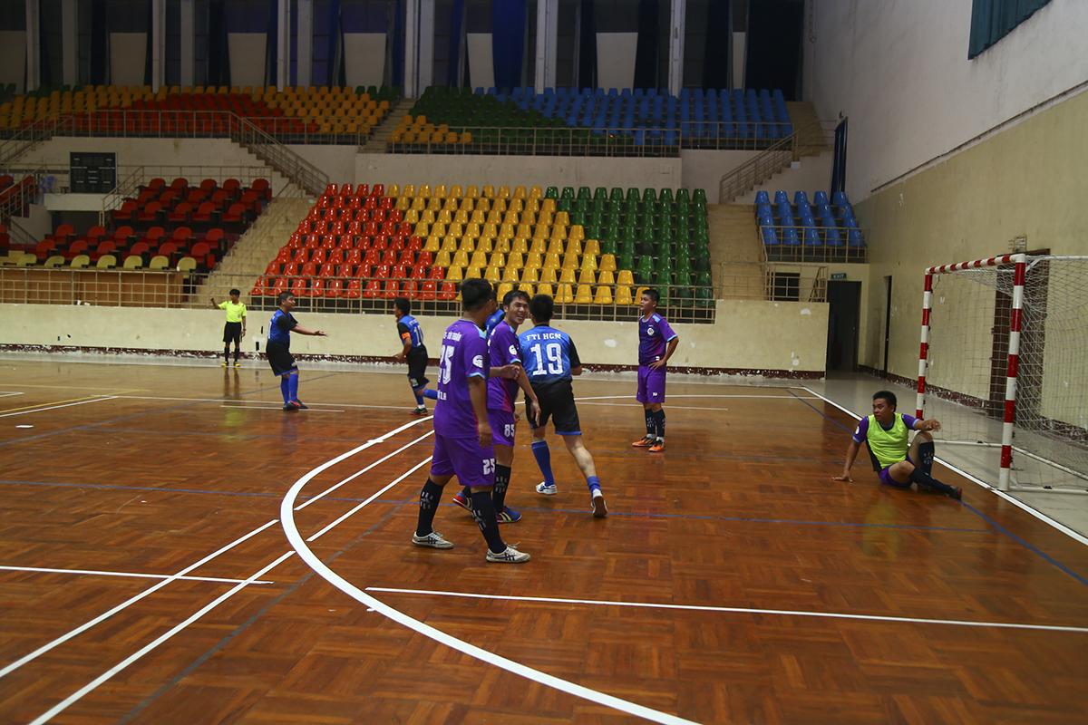 Tuy nhiên, chỉ ít phút sau đó, FTI cũng có được bàn thắng thứ 3 sau pha dứt điểm ngoài vòng cấm của cầu thủ số 10 Võ Minh Trí.
