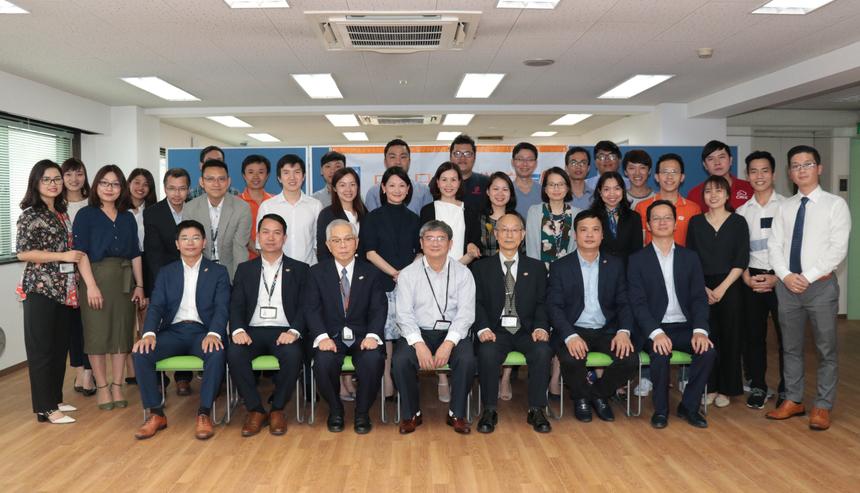 TGĐ FPT Nguyễn Văn Khoa cho rằng, công tác đào tạo giáo dục là nhiệm vụ quan trọng và cốt lõi của tập đoàn. Anh cho biết, trường Nhật ngữ là khối tài sản bất động sản đầu tiên của nhà F tại nước ngoài.