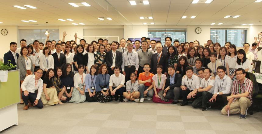 Trường Nhật ngữ FPT có nhiệm vụ đào tạo tiếng Nhật,diện tích đất là 255,96 m2, diện tích sử dụng 699m2. Trường được điều hành bởi Học viện đào tạo và phát triển FPT Japan (FJP.LDI). Hiện tại trường có đội ngũ giáo viên cơ hữu và giáo viên bán thời gian với chuyên môn cao. Đây là trường đào tạo đầu tiên của FPT Software được hoạt động trên đất Nhật Bản. Trường Nhật ngữ FPT sẽ cung cấp 200 nhân sự thành thạo tiếng Nhật cho FPT Japan trong năm 2019.