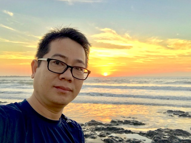 """Trưởng Ban Đảm bảo Chất lượng Synnex FPT Nguyễn Minh Vương Gia nhập FPT năm 2007, anh Nguyễn Minh Vương gắn bó với Synnex FPT đã 12 năm. Đây là lần đầu tiên anh ngồi """"ghế nóng"""" giải thưởng sáng tạo iKhiến."""