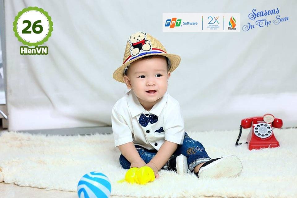 Bé Võ Ngọc Thanh Sang, con của Võ Ngọc Hiền, đơn vị DPS.MSG, tròn 1 tuổi.