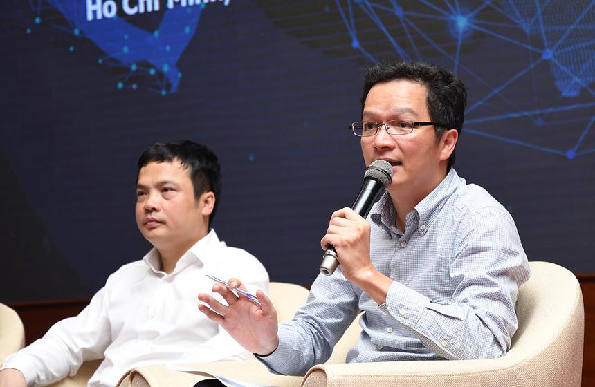 Bổ sung câu hỏi của nhà đầu tư Xuân Trung, COO FPT Software Trần Đăng Hoà nhấn mạnh, năm nay FPT Software sẽ cán mốc doanh số khoảng 500 triệu USD nên vài năm nữa doanh thu gấp đôi (mốc 1 tỷ USD thuần công nghệ) là khả thi.