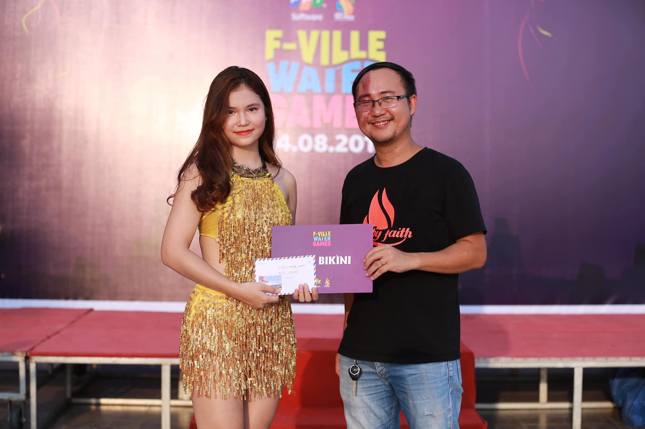 Trước đó, tháng 8/2018 Nguyễn Thu Trang (Trung tâm Dịch vụ sẻ chia - SSC) đã đăng quang Miss Bikini F-Ville Water Games.