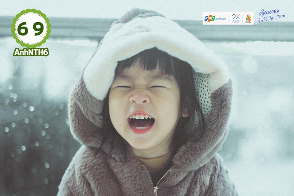 Bé Trần Linh Đan, con của Nguyễn Thị Huỳnh Anh, đơn vị FGC, có sở thích ca hát và đi du lịch. Bức ảnh của Linh Đan giành giải Ba do giám khảo bình chọn.