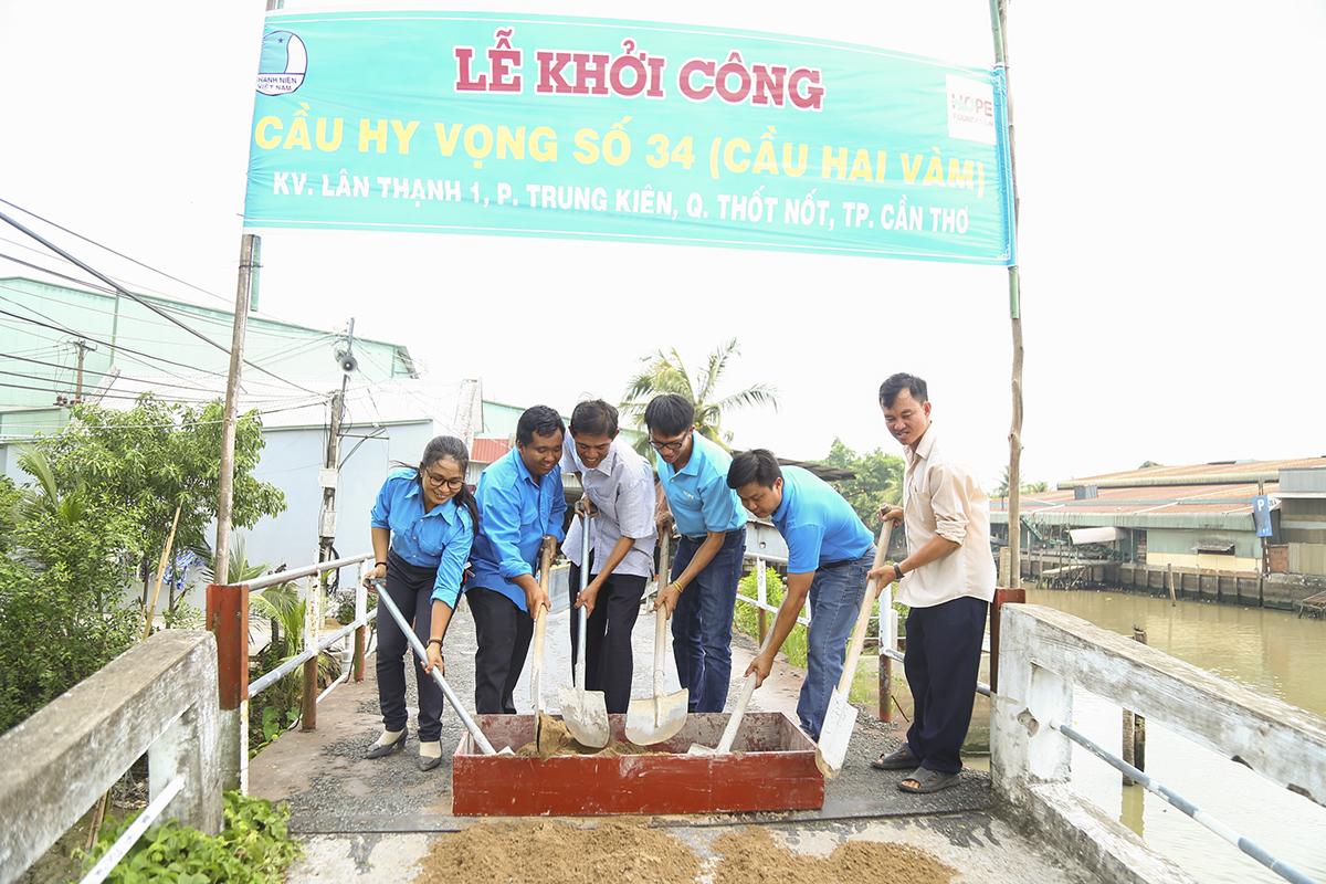 Quỹ Hy vọng sẽ tài trợ 150 triệu đồng cho việc xây dựng cầu, phần còn lại trong quá trình xây dựng sẽ do nhân dân trong vùng đóng góp.