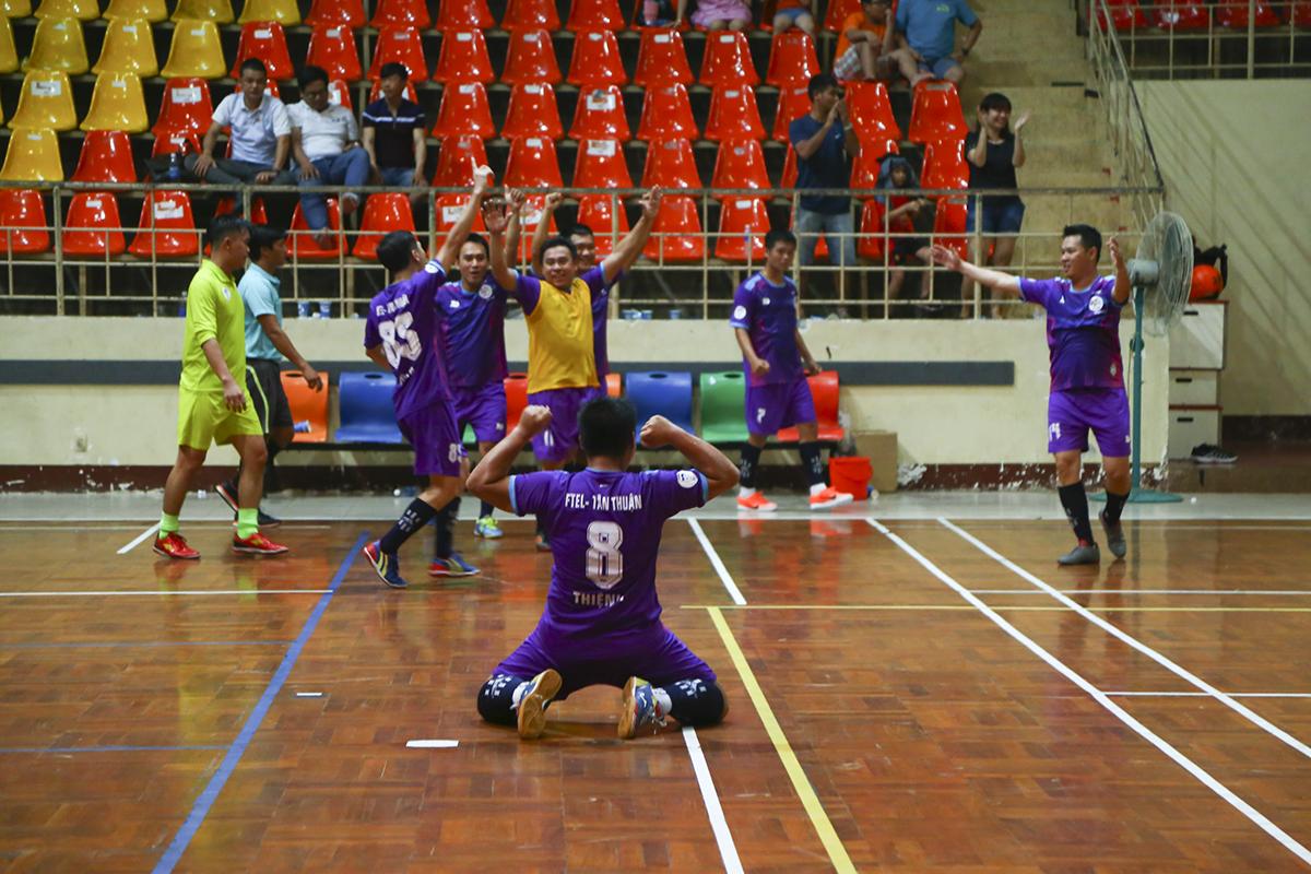 Trận đấu khép lại với thắng lợi tối thiểu 1-0 cho Liên quân HO Tân Thuận, đưa họ tái ngộ FTI trong trận chung kết của giải. Ở vòng bảng hai đội đã từng hòa nhau 4-4 trong ngày ra quân. Còn PNC đành ngậm ngùi chơi trận tranh hạng ba với INF HO.