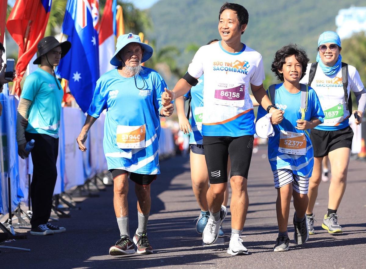 Trong lần đầu tiên tổ chức, VnExpress Marathon - VM Quy Nhơn 2019 có 100 runner nhí đăng ký chạy tại các cự ly 5km và 10km.