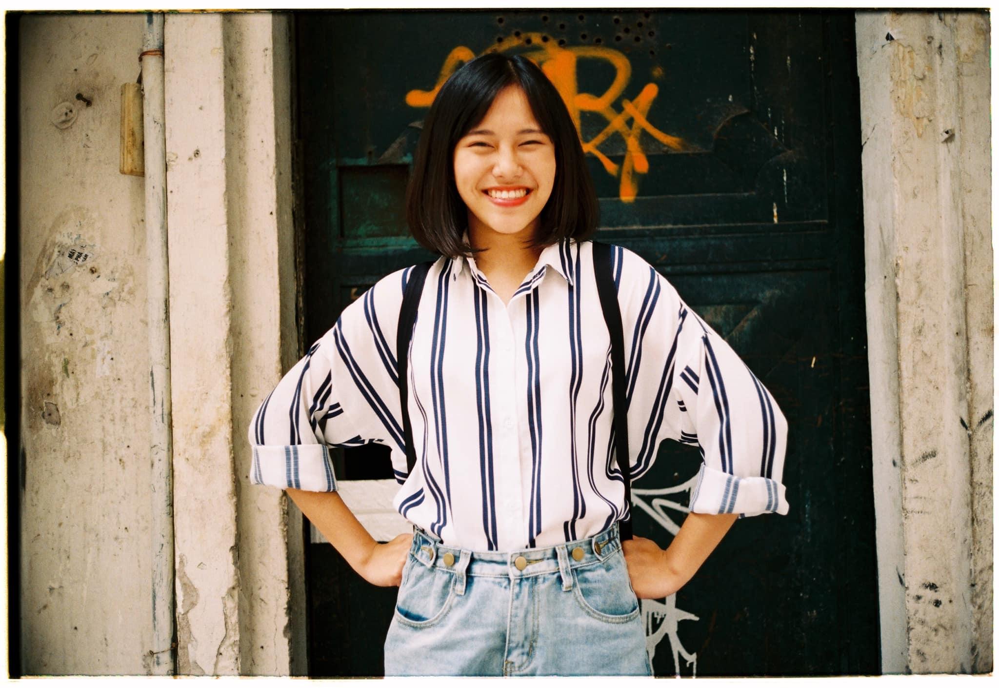 """Sở trường của Châu là ca hát. Đối với cô, âm nhạc là cuộc sống. Em cũng thích đi du lịch và chụp ảnh, đọc sách và đặc biệt là thiền định.Minh Châu thường được bạn bè đùa vui là """"cô gái vàng trong làng quán quân"""", bởi cô bạn này cứ đi thi là đảm bảo rinh giải thưởng lớn mang về."""