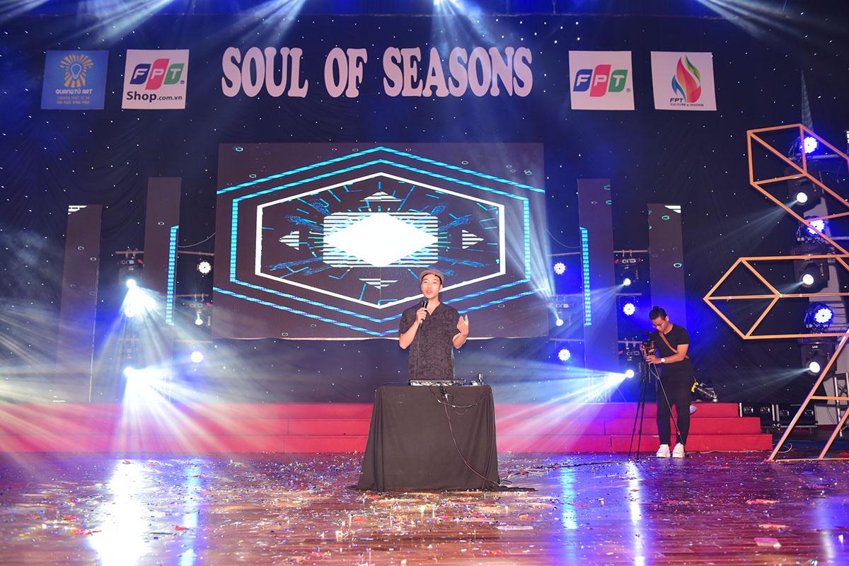 Thái Sơn Beatbox tiếp quản sân khấu. Chàng trai thừa nhận ngưỡng mộnhạc sĩ Trương Quý Hải, và thường bị cảm xúc chi phối khi biểu diễn sau người đàn anh.